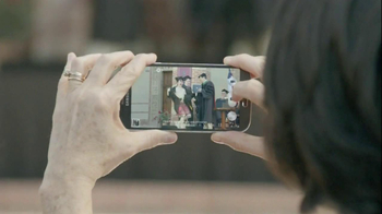 Samsung Galaxy S4 TV Spot, 'Grad Photo' - Thumbnail 4