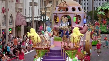 Universal Orlando Resort Superstar Parade TV Spot, 'It's a Party' - Thumbnail 7