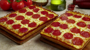 Little Caesars Deep, Deep Dish Pizza TV Spot, 'Hot-n-Ready' - Thumbnail 6