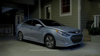Hyundai Sonata Hybrid TV Spot, 'Lifetime Hybrid Battery Warranty' - Thumbnail 10