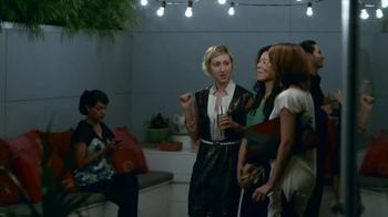 eBay Mobile TV Spot, 'Fashion' - Thumbnail 9