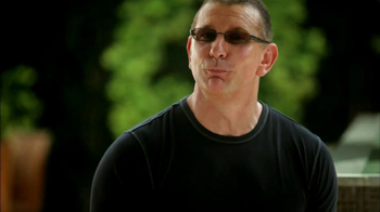 Transitions Adaptive Optical TV Spot Featuring Robert Irvine - Thumbnail 9