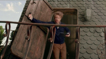DIRECTV TV Spot, 'Man in a Shoe' - Thumbnail 9