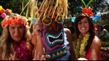 Party City TV Spot, 'Summer Pool Party' - Thumbnail 7