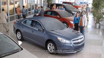 2013 Chevrolet Cruze TV Spot, 'Memorial Day Sale' - Thumbnail 4