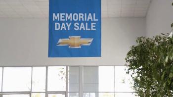 2013 Chevrolet Cruze TV Spot, 'Memorial Day Sale' - Thumbnail 6