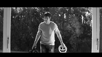 Dove Men+Care TV Spot, 'Face Torture' Song by Richard Wagner - Thumbnail 4