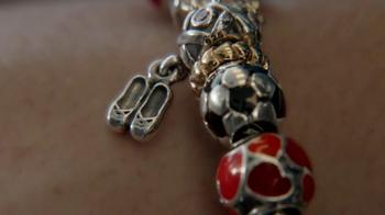 Jared TV Spot 'Airport: Pandora Charm Bracelets: Free Bracelet: Mother's Day' - Thumbnail 3