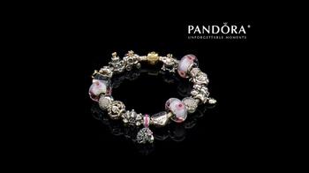 Jared TV Spot 'Airport: Pandora Charm Bracelets: Free Bracelet: Mother's Day' - Thumbnail 8