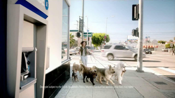 Chase Liquid TV Spot, 'Dog Walker' - Thumbnail 3