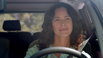 Hyundai Assurance Connected Care TV Spot,'Oil Change' Song by Bob Marley - Thumbnail 5