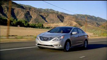 Hyundai Assurance Connected Care TV Spot, 'All Good' Song by Bob Marley - Thumbnail 2