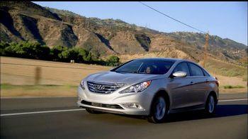 Hyundai Assurance Connected Care TV Spot, 'All Good' Song by Bob Marley - Thumbnail 3