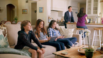 XFINITY Double Play TV Spot, 'Fastest Four Weeks: Time is Running Out' - Thumbnail 3