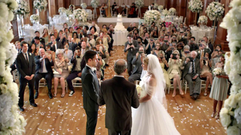 Microsoft Nokia Lumia 920 TV Spot, 'Wedding Fight' - Thumbnail 1