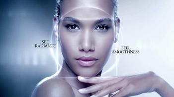 Lancôme Advanced Genifique TV Spot, 'Radiance' - Thumbnail 7