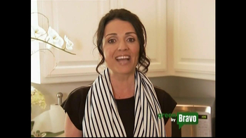 Green is Universal TV Spot, 'Bravo Green Tip' Featuring Jenni Pulos - Thumbnail 7