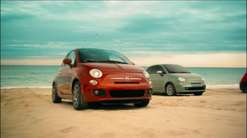 FIAT 500 TV Spot, 'At the Beach' Featuring Pitbull - Thumbnail 6
