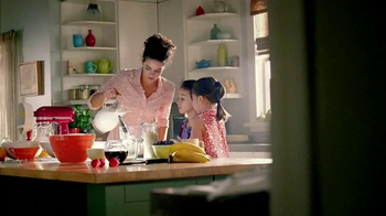 Kitchen Aid Even-Heat Technology TV Spot, 'Stuff Around the House'