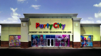 Party City TV Spot, 'Graduation Party' - Thumbnail 9