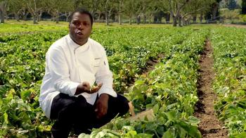 Applebee's Blackened Sirloin & Garlicky Green Beans TV Spot, 'Only Fresh' - Thumbnail 4