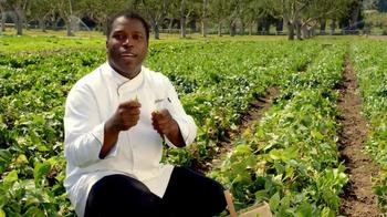 Applebee's Blackened Sirloin & Garlicky Green Beans TV Spot, 'Only Fresh' - Thumbnail 6