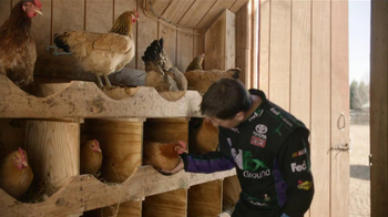 FedEx Ground TV Spot, 'Chickens' Featuring Denny Hamlin - Thumbnail 4