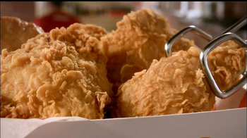 Popeyes 3 of a Kind TV Spot, 'Spin the Wheel' - Thumbnail 5