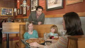 Pizza Hut Medium Charge TV Spot, 'No Hero'