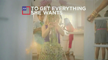 JCPenney Mother's Day Sale TV Spot, 'For Mom' - Thumbnail 2