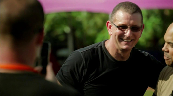 Transitions Adaptive Optical TV Spot, 'Health' Featuring Robert Irvine - Thumbnail 2