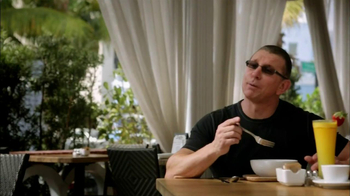 Transitions Adaptive Optical TV Spot, 'Health' Featuring Robert Irvine - Thumbnail 3