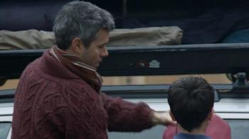 Mobil Super TV Spot, 'Collecting Memories' - Thumbnail 10