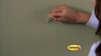 Command Damage-Free Hanging TV Spot - Thumbnail 8