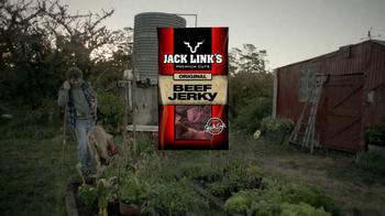 Jack Link's Beef Jerky TV Spot, 'Messin' with Sasquatch: Bucket Prank' - Thumbnail 1