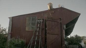 Jack Link's Beef Jerky TV Spot, 'Messin' with Sasquatch: Bucket Prank' - Thumbnail 7