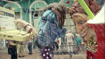 Kayak TV Spot, 'Carnival' - Thumbnail 8