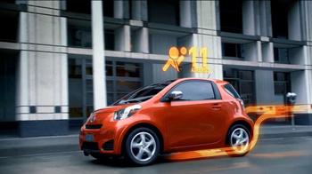 2012 Scion iQ TV Spot, 'Air Bags and MPG' - Thumbnail 4