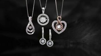 Kay Jewelers Diamonds in Rhythm TV Spot, 'FX Network: Holiday Shopping' - Thumbnail 4