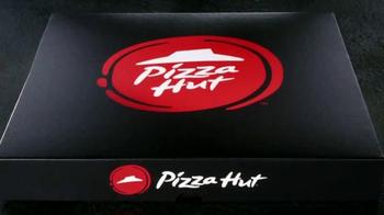 Pizza Hut Flavor of Now Menu TV Spot, 'New Crust Flavors' - Thumbnail 2