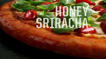 Pizza Hut Flavor of Now Menu TV Spot, 'New Crust Flavors' - Thumbnail 7