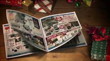 Bass Pro Shops Countdown to Christmas Sale TV Spot, , 'Christmas Giveaway' - Thumbnail 5