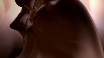 Lindt Lindor Truffles TV Spot, 'Master of Irresistible' - Thumbnail 8