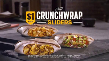 Taco Bell Crunchwrap Slider TV Spot, 'Take the Money and Run' - Thumbnail 8