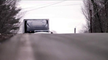 Truckload Carriers Association TV Spot, 'Wreaths Across America' - Thumbnail 2