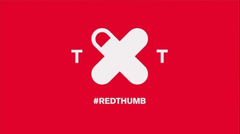 Nissan TV Spot, 'Red Thumb' Featuring Adam Levine - Thumbnail 9