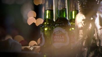 Stella Artois TV Spot, 'Holiday 2014: Gifting' - Thumbnail 5