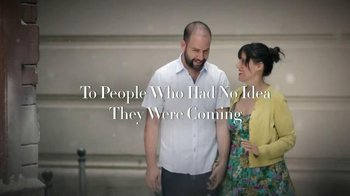 Stella Artois TV Spot, 'Holiday 2014: Gifting' - Thumbnail 7