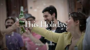 Stella Artois TV Spot, 'Holiday 2014: Gifting' - Thumbnail 9