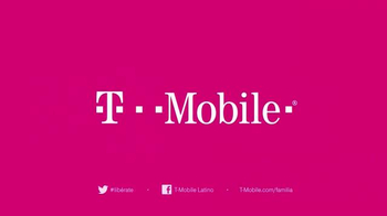 T-Mobile TV Spot, 'Para Todos en tu Plan Familiar' [Spanish] - Thumbnail 8